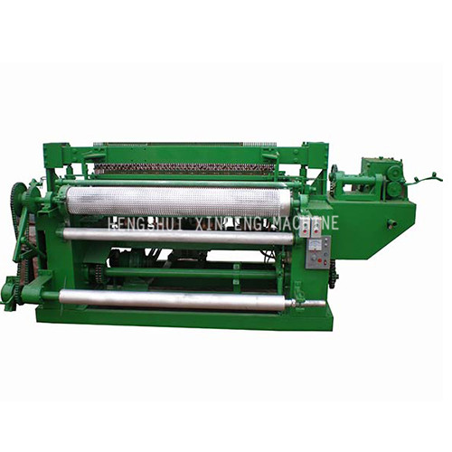 Poultry mesh welding machine